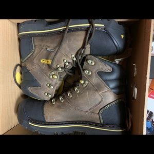 Brand new Keen Milwaukee wise boots